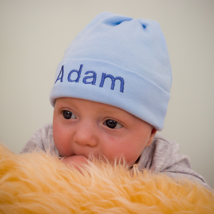 53efce533b9c2 Boys Personalised Newborn Baby Hat – Arty apple